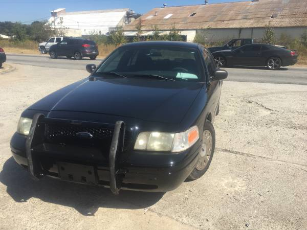 2005 Ford crown Vic!4.6 interceptor*blk!Low miles!runs Great*Priced2Go