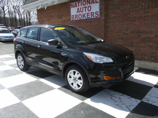 2013 *Ford* *Escape* FWD 4dr S ( Everyone welcome & approved