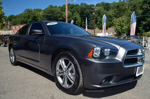2013 Dodge Charger SXT* AWD* SUNROOF* BLUETOOTH* AUX/USB* HEATED SEATS