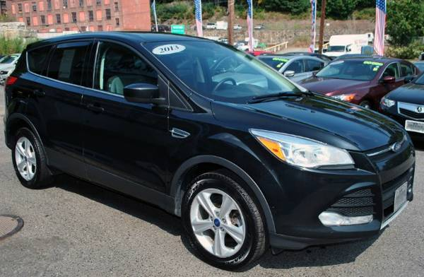2013 Ford Escape SE*4WD* 1 OWNER*BLUETOOTH*SIRIUS SATELITE*AUX CONNECT