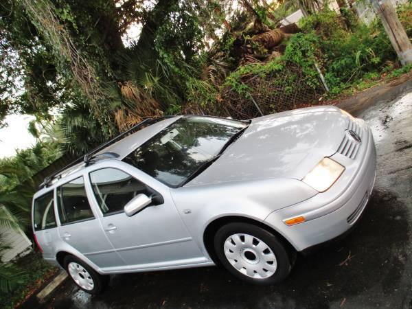 Volkswagen Jetta Wagon Only 49000 Miles 1-Owner