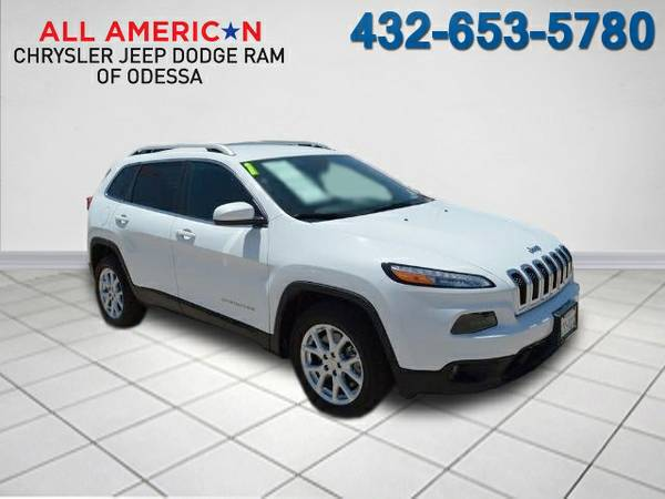 2015 JEEP CHEROKEE LATITUDE 124 miles low mileage