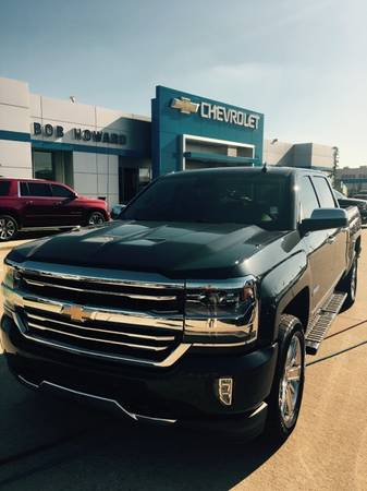 2017 *HIGH COUNTRY* CHEVY SILVERADO,1500 4X4 , 6.2L SUNROOF RARE COLOR