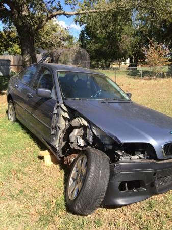 BMW 323i 1999 $1,200