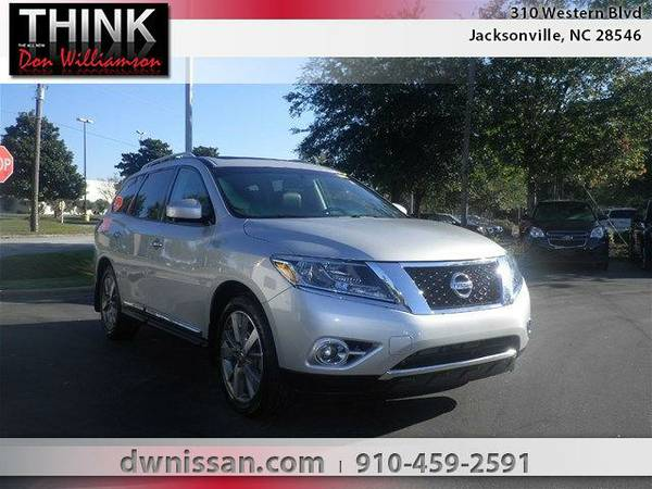 2014 *Nissan Pathfinder* Platinum - Good Credit or Bad Credit!