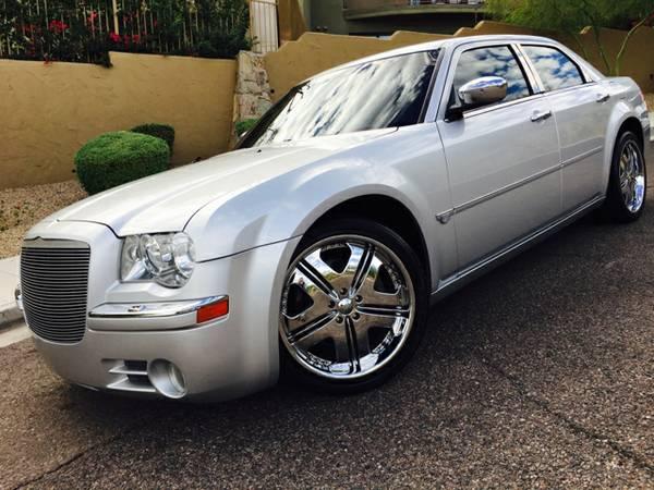 2005 Chrysler 300C HEMI * 5.7L V8 * AUTO * CLEAN CARFAX *