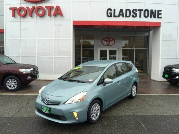 2013 *Toyota* *Prius* *v* Three 📞CALL/TEXT