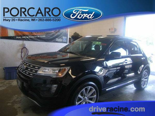 2016 *Ford Explorer* Limited - Shadow Black