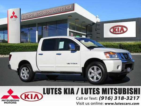 2013 Nissan Titan Crew Cab SL 4X4 *Low Miles* Truck