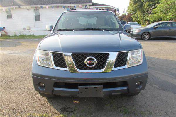 2006 *NISSAN* *PATHFINDER* SE ( Easy Financing Available )