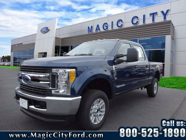 2017 *Ford F-250 Super Duty* XL (Blue)