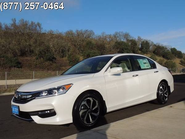 Honda Accord 4D Sedan Sedan CVT Roseburg