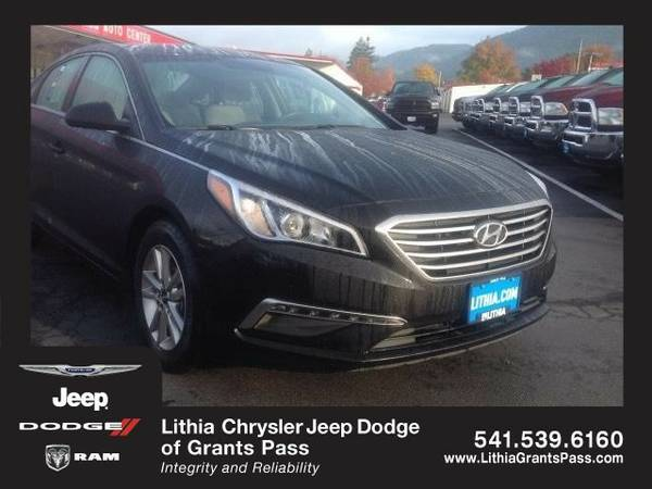 2015 Hyundai Sonata SE (You Save $799 Below KBB Retail)