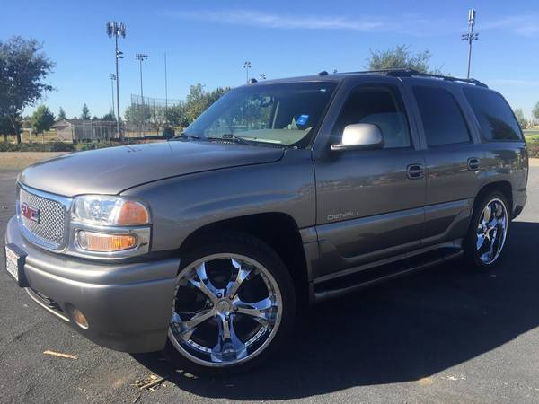 2005 GMC YUKON DENALI THE NICEST ONE IN SACRAMENTO