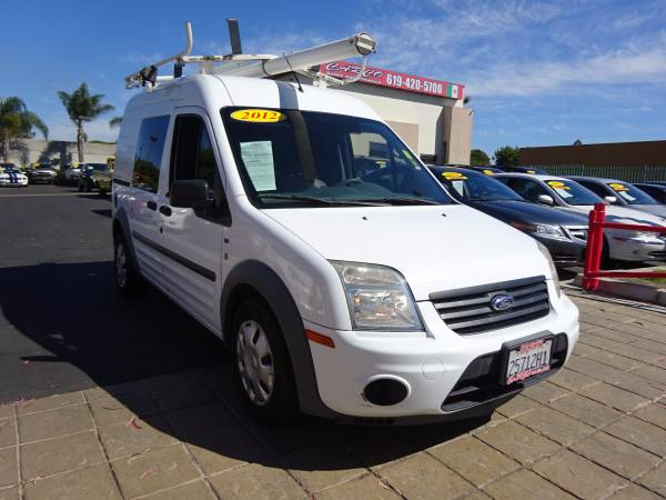 2012 Ford Transit Connect XLT - 1 Corporate Owner!!!!