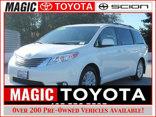 2015 *Toyota* *Sienna* 7-Pass Van AWD RATES AS LOW AS 0% OAC ON SELECT