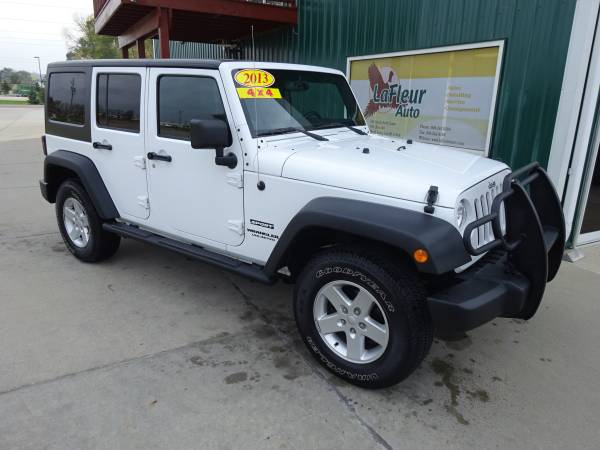 2013 JEEP WRANGLER UNLIMI 4x4, Super Clean, Like Brand New!!!