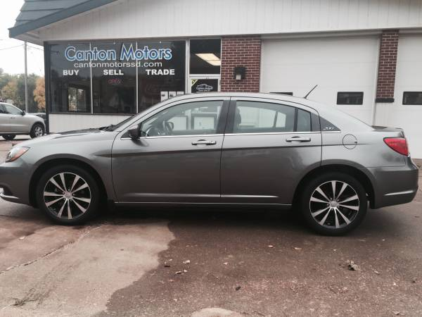 2013 Chrysler 200 Limited S **One Owner** 35K