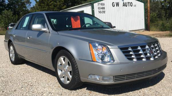 2008 Cadillac DTS, 103,000 Miles , Like New!!
