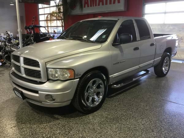 2005 DODGE CREWCAB SLT PLUS PKG! LEATHER! CHROME WHEELS W/NEW TIRES!!