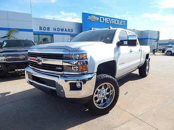 2016 *DURAMAX* CHEVY SILVERADO LTZ 2500 CUSTOM LIFT AND WHEELS!!