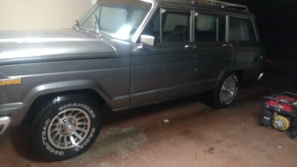 Jeep grand wagoneer 1988