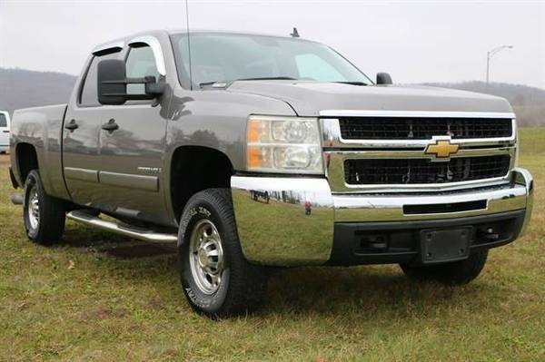 2008 Chevrolet Silverado 2500 HD Crew Cab LT Pickup 4D 6 1/2 ft...