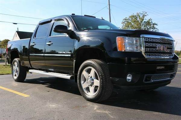 2011 GMC Sierra 2500 HD Crew Cab Denali Pickup 4D 6 1/2 ft...