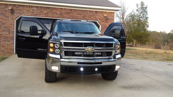 Price drop, 2007 Chevy 2500hd ltz 6.6 duramax turbo diesel.