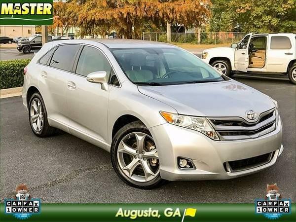 2014 *Toyota VENZA* XLE - (Classic Silver Metallic)