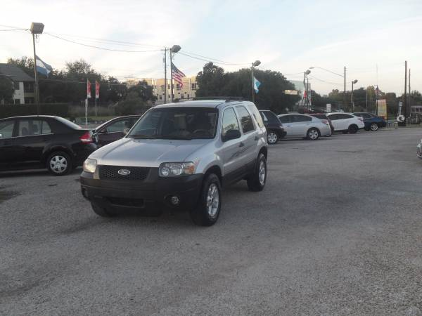 2006 Ford Escape XLT 4WD HOLIDAY SPECIAL!