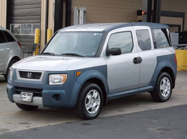 2006 Honda Element LX. ONE OWNER! GAS SAVER!