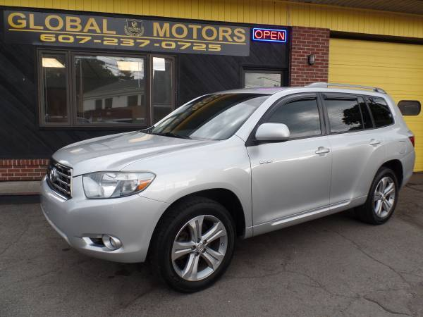 2008 TOYOTA HIGHLANDER SPORT Miles Are Only 79K