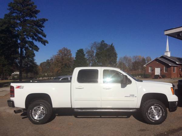 09-GMC 2500HD Duramax 4x4-Crew Cab!SLT!No Rust!Excellent Condition!