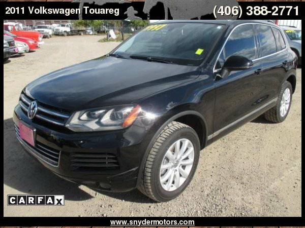 2011 Volkswagen Touareg AWD Nav, Video, Leather, Back-Up Super Clean...