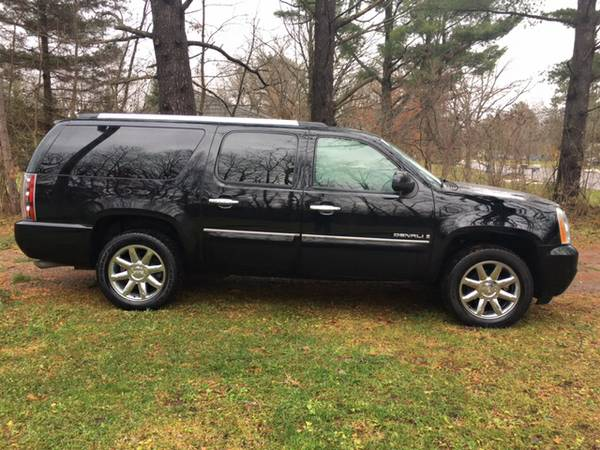 2007 GMC Yukon Denali XL **LEATHER, LOADED**