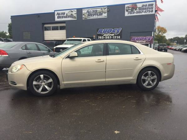2011 Chevrolet Malibu LT 4dr Sedan **LOW MILES/SUNROOF**