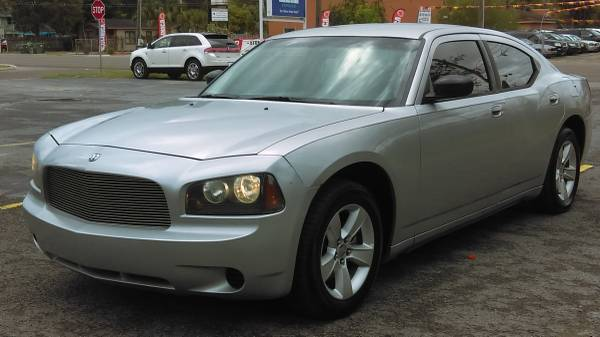 !2009 CHARGER V6 CON AIRE BIEN FRIO BUENISIMO!