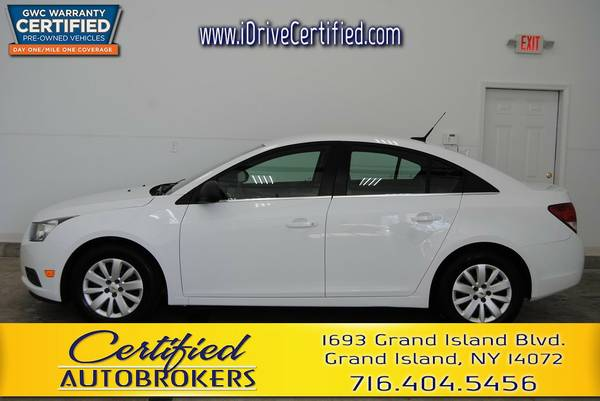 2011 *Chevrolet Cruze LS* FWD *USB Input* We Finance!