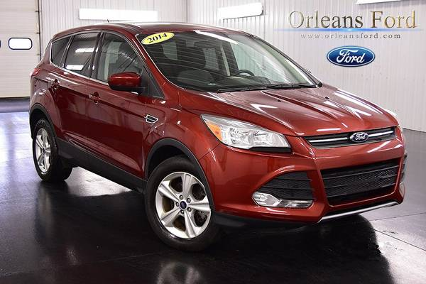 2014 Ford Escape 4D Sport Utility SE only 17,413 miles