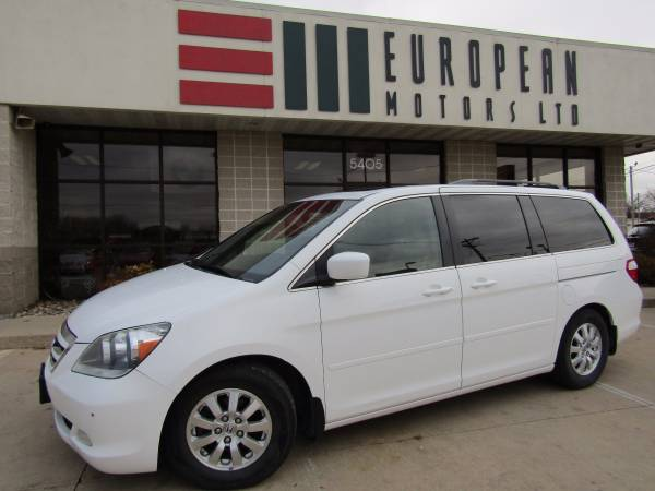 2006 Honda Odyssey Touring with Navigation and DVD Rear Entertainment