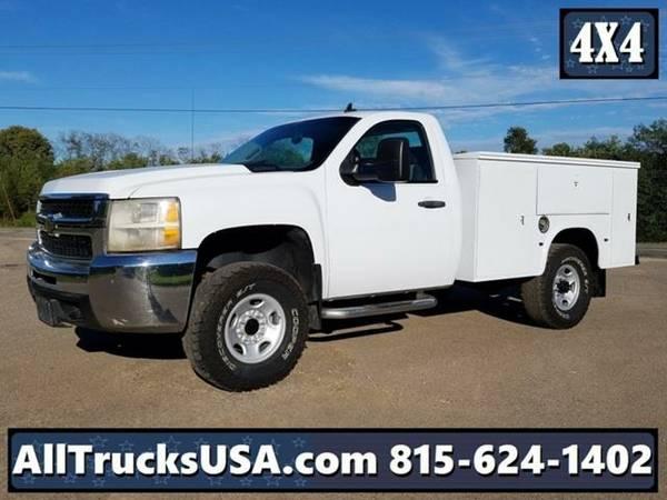 2008 *Chevrolet 2500HD* 4X4 Service Truck (White)