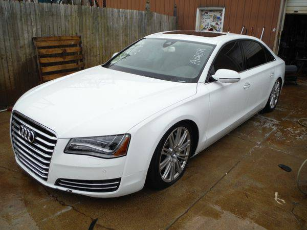 2011 *AUDI* *A8* AWD - Trade-Ins Welcome!