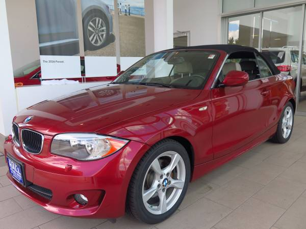 2013 BMW 128i CONVERTIBLE NAVIGATION/HEATED LEATHER/LIKE NEW/WARRANTY