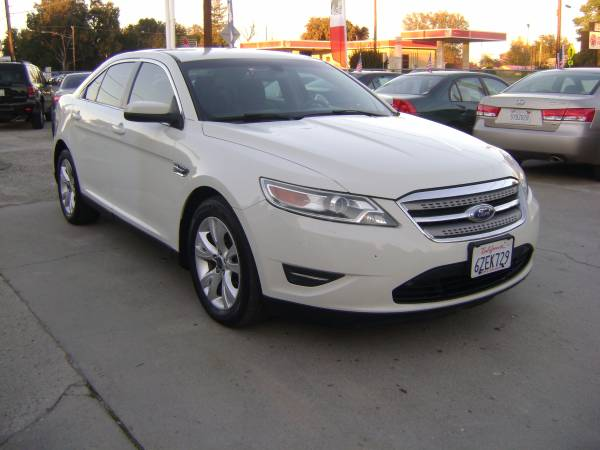 2012 Ford Taurus SEL AWD, With 3 Months free warranty