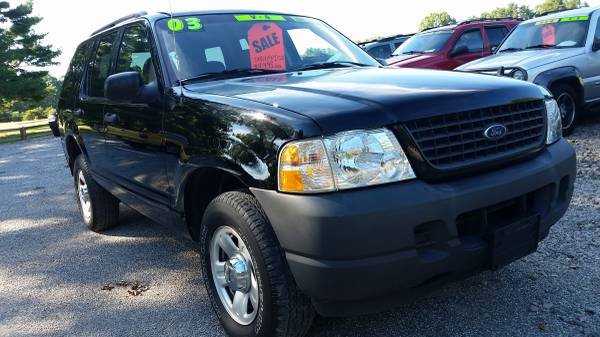 2003 Ford Explorer XLS 4x2. Low Miles, 1-Owner clean Carfax!!