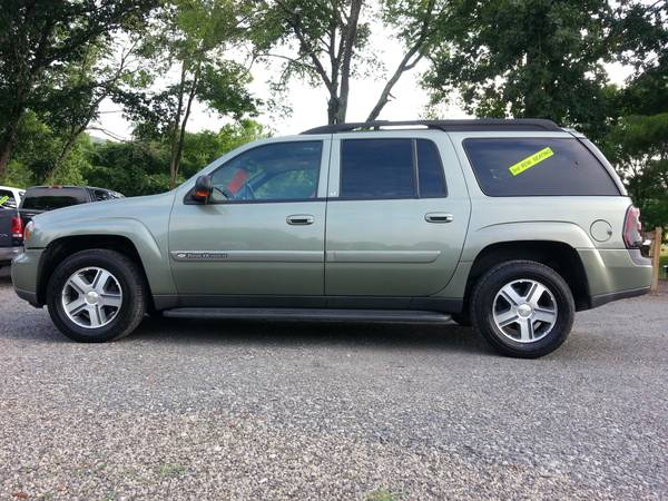 2004 Chevrolet Trailblazer Extended LT 3rd Row 4x4 Leather Sunroof!!