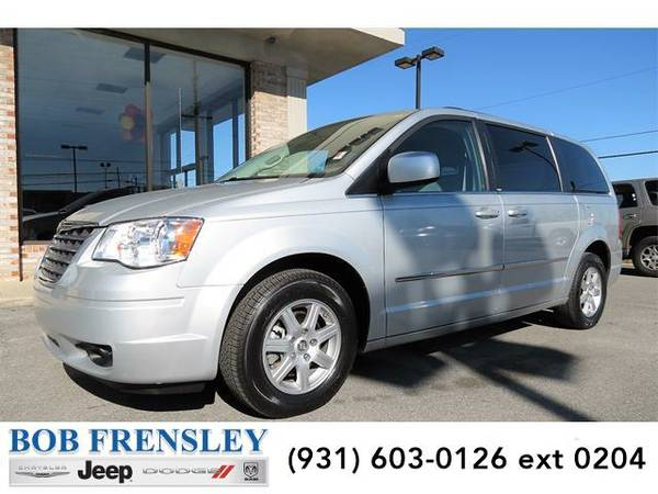 2010 *Chrysler Town & Country* Touring ()