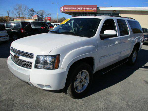 2011 *Chevrolet* *Suburban* *4WD* 1500 Wagon LT *$499 Down Drives Toda