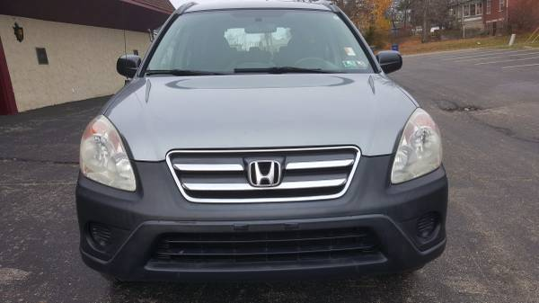 All Wheel Drive 2005 Honda crv: ONE OWNER